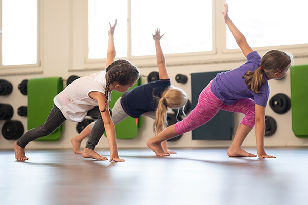 fitness_connection_gf_dance_mix_05-07j_600x400px_rgb