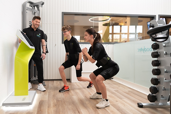 fitness_connection_gl_ems_wave_600x400px_rgb